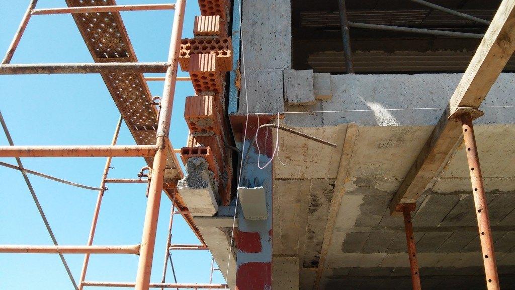 Detalle anclaje pared exterior